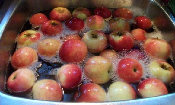 Kết quả hình ảnh cho rửa hoa quả Nước cốt chanh + baking soda + nước